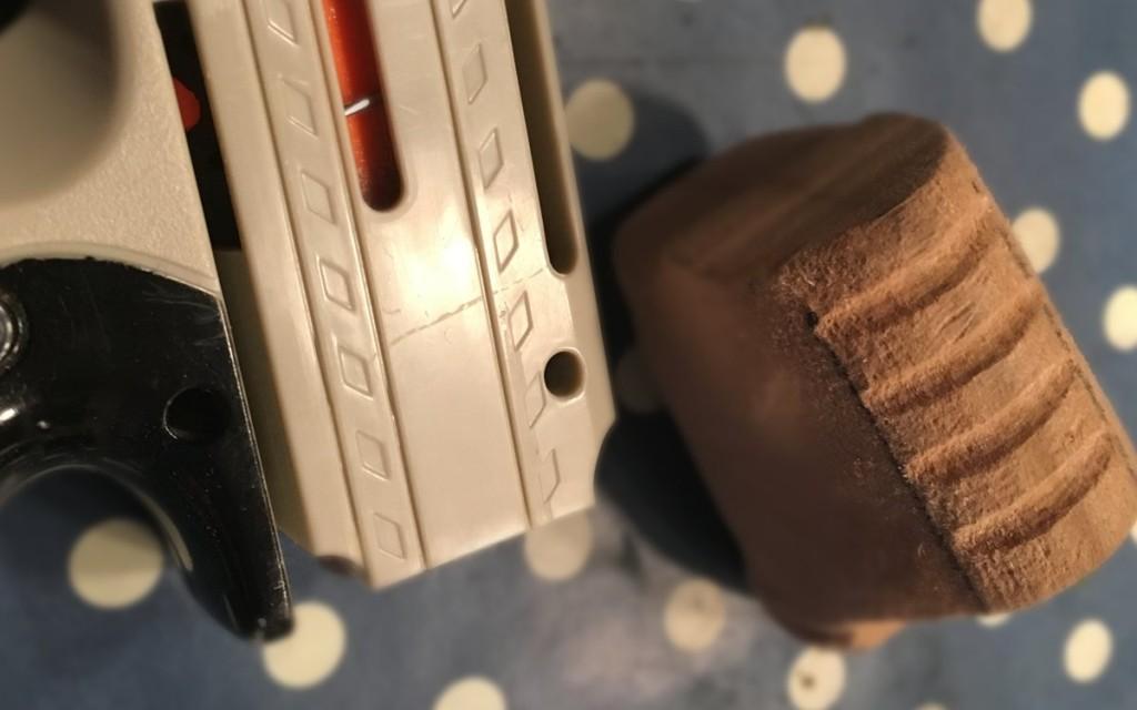 Nerf Reflex IX-1 Mod: Anbringung des Griffs